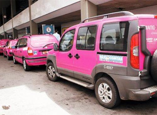 Taxistas de Salvador aderem à campanha contra câncer de mama