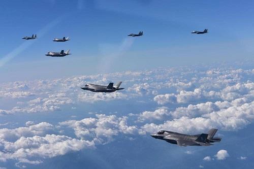 Bombardeiros dos EUA sobrevoaram Península Coreana na terça, diz Coreia do Sul