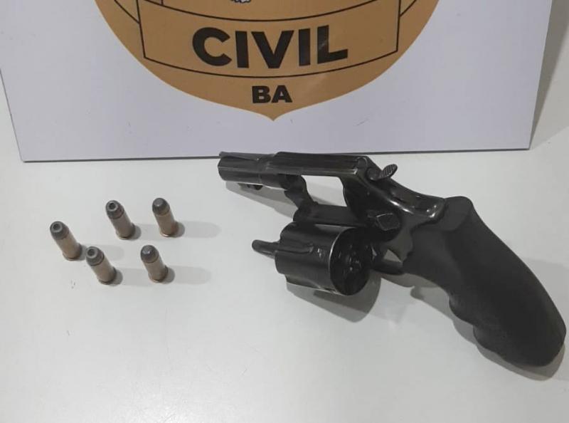 Homem é preso por porte ilegal de arma de fogo em Brumado