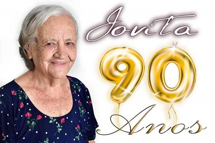 Feliz aniversário: Dona Jovita comemorou com amigos e familiares seus 90 anos de idade