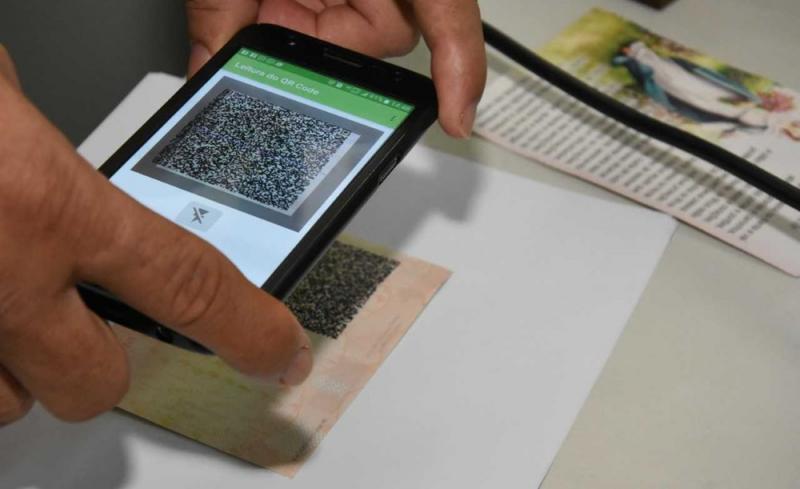 CNH digital pode ser emitida de forma gratuita através do celular na BA; saiba como fazer