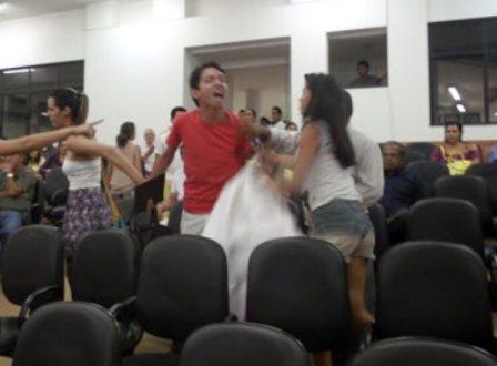 Vereadora de Barreiras é acusada de homofobia por chamar estudante de bicha louca