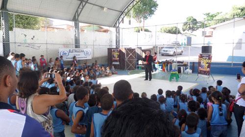 A Eletrozema proporcionou alegria as crianças de escola pública