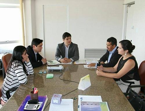 Gil Rocha esteve com o Deputado e Secretário de Agricultura do Estado da Bahia em busca de benefícios para Guajeru