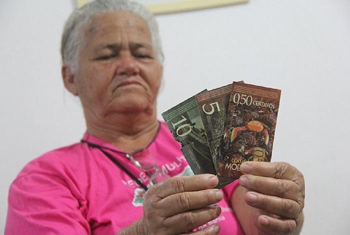 Pescadores apostam em nova moeda para aumentar a renda no sul da Bahia