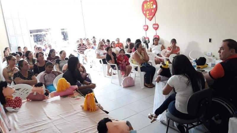 CRAS em Rio do Antônio realiza reunião com o grupo de beneficiários do BPC.