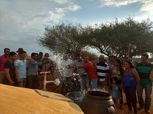Sistema Simplificado de Abastecimento é entregue pelo governo de Guajeru à comunidade da Baixa Grande