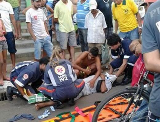 Idoso é atropelado por motociclista na Av. João Paulo I