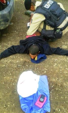 Jaguaquara: Homem acusado de homicídio e tráfico de drogas é preso