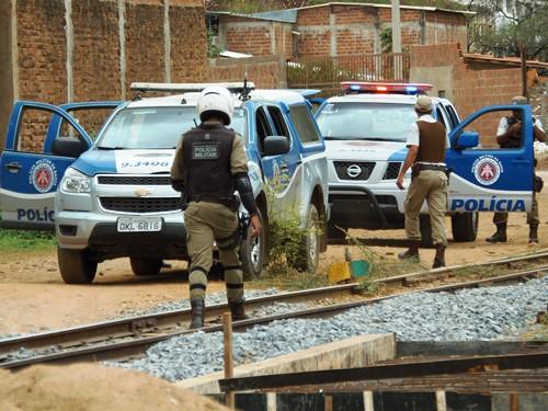 Após troca de tiros com a PM no centro da cidade um bandido é preso e outro consegue fugir