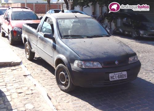 Após denuncia, veículos roubados são apreendidos em Malhada de Pedras.