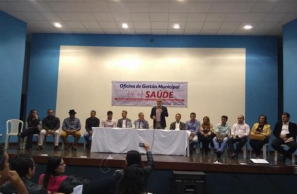 prefeito de Guajeru, Gil Rocha participa de Oficina de Gestão Municipal em Saúde