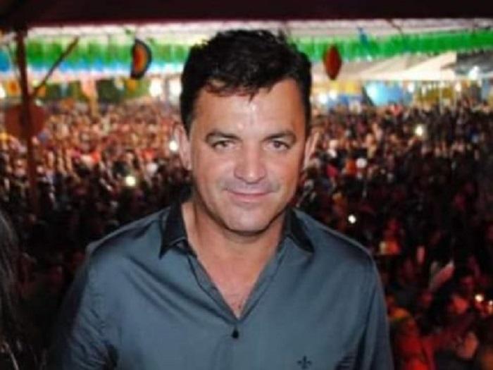 Por conta de dívida com escritório de advocacia, ex-prefeito de Rio do Antônio tem bens bloqueados pela Justiça