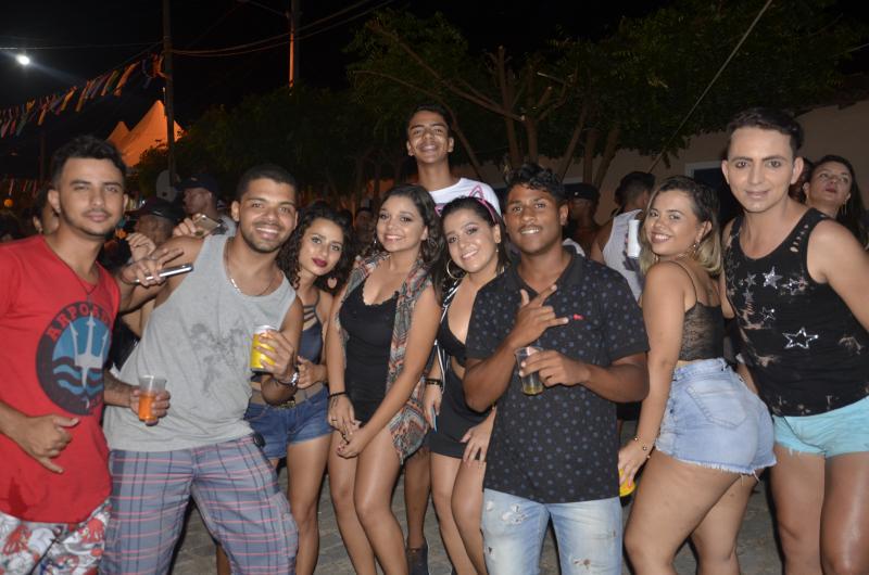 Prefeitura de Barra da Estiva movimenta o Distrito de Triunfo com fortalecimento do Carnaval 2019; veja a reportagem