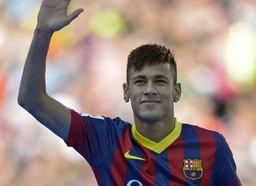 Novo pagamento transforma Neymar na contratação mais cara da história