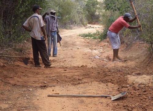 Aracatú: Estradas Vicinais em péssimas condições, comunidades cobram providências do município