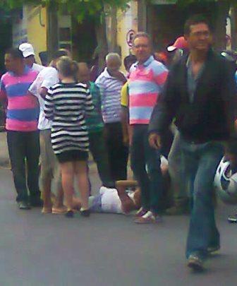 Idosa é atropelada ao tentar atravessar avenida no centro da cidade