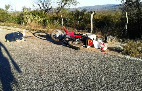 Acidente de motocicleta com vitima fatal na BA-148