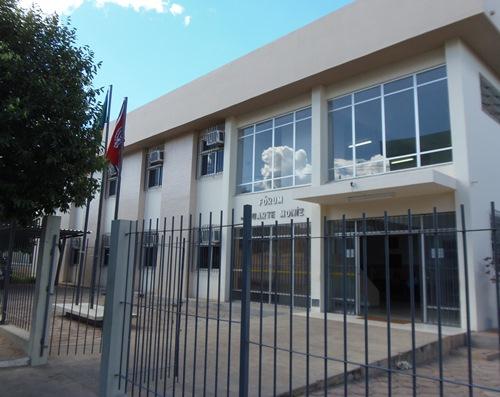 Júri Popular: Rapaz é condenado a cinco anos e quatro meses de reclusão por tentativa de homicídio