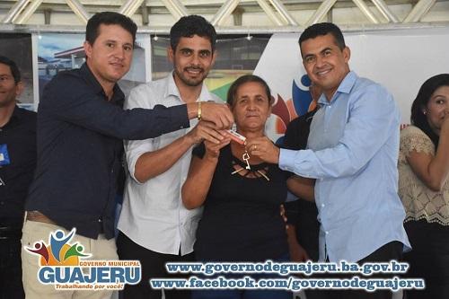 Moradores de Guajeru são beneficiados com unidades habitacionais