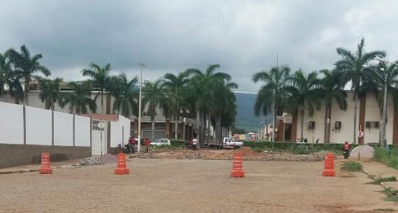 Brumado: Passagem de  nível de via entre os Bairros São Félix e Centro tem previsão de ser desobstruída em fevereiro; diz secretário