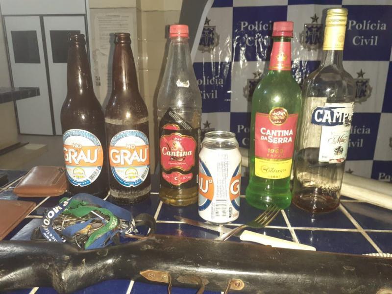 Brumado: Polícia detém pessoas que estavam em bar na zona rural descumprindo decreto estadual