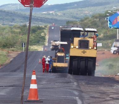 Anel rodoviário da BR-030 recebe recuperação asfáltica