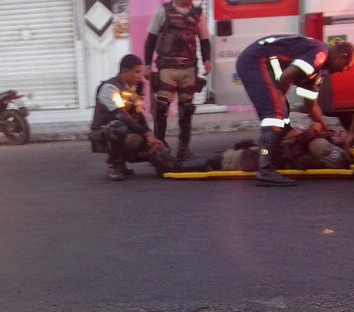 Policial se fere após cair da motocicleta enquanto fazia ronda
