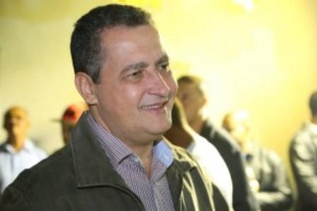 Há relatos de que vereadores pedem R$ 50 mil por 300 votos, diz Rui Costa