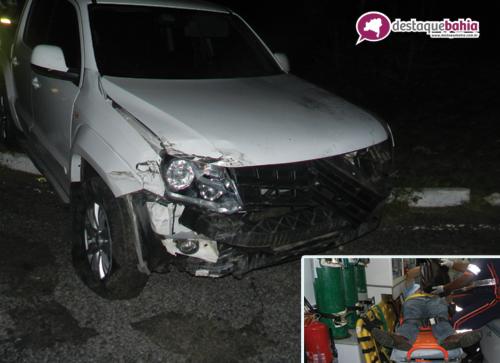 Falta de sinalização e iluminação foi motivo de mais um acidente na rotatória do Anel Viário.