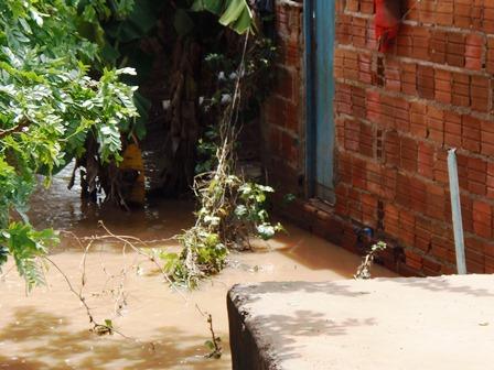Para alivio de muitos nível de água do Rio do Antônio começa a baixar