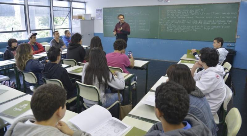 Segundo pesquisa, Brasil é o país que menos valoriza o professor