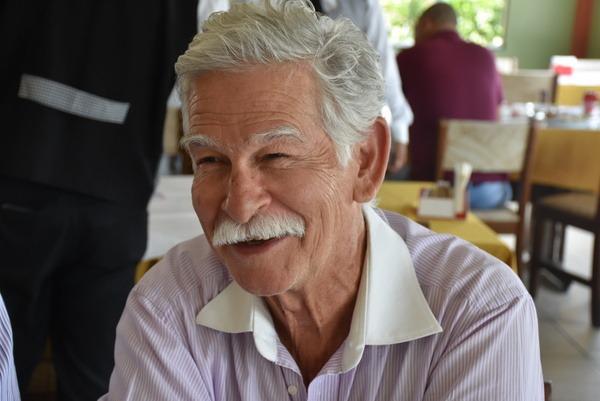 Prefeito Eduardo Vasconcelos confirma a vinda das Casas Bahia para Brumado