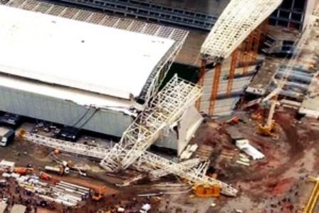 Acidente nas obras do estádio do Corinthians deixa mortos