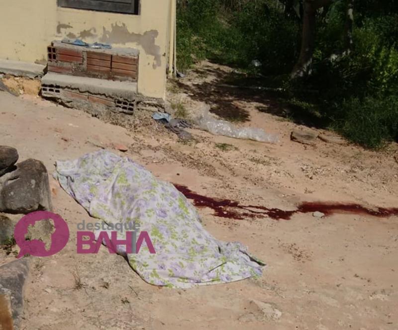 Homem mata ex-companheira e atira contra mais duas pessoas na zona rural de Barra da Estiva