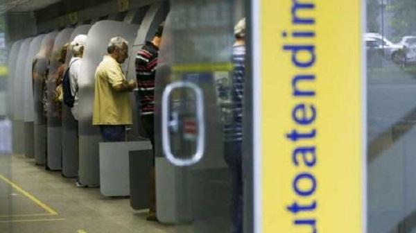 Agências bancárias atendem ao público até quinta-feira nesta última semana do ano