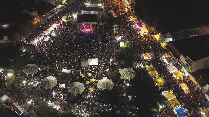 Uma multidão comparece nos festejos do aniversário de Brumado, na última noite houve recorde de público