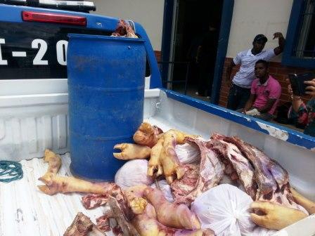 Vigilância sanitária apreende grande quantidade de carne clandestina no interior do município