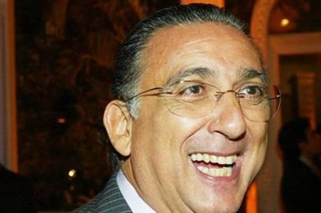 Galvão Bueno ganha salário de R$ 5 milhões, diz jornal