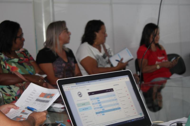 Brumado: Secretaria de Educação faz orientação para alunos não contemplados no sorteio eletrônico