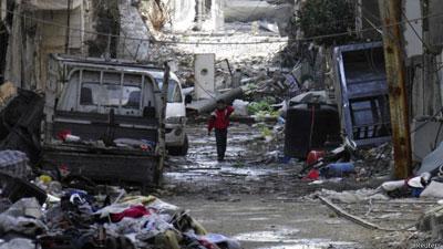 Sírios 'comem grama' para enfrentar fome em Homs