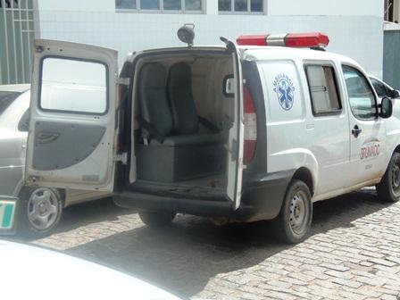 Saúde: Hospital com aparelho de RX quebrado faz com que pacientes sejam conduzidos para clinica particular
