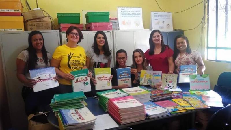 Livros para Educação infantil são adquiridos pela primeira vez em Malhada de Pedras