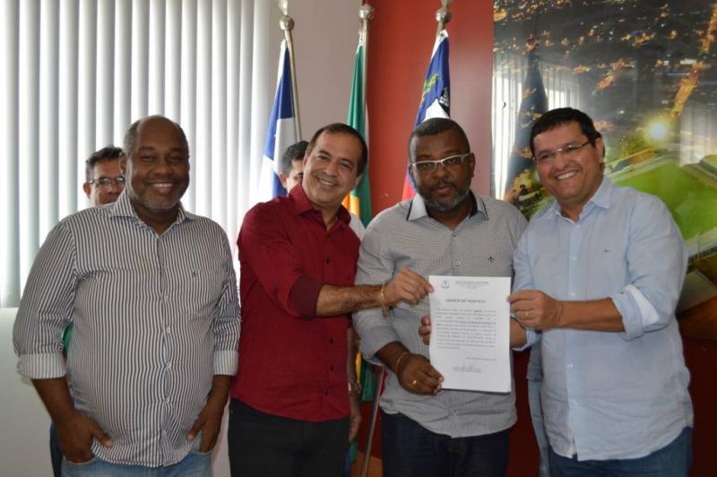 Assinada Ordem de Serviço para a construção da Casa do Empreendedor em Guanambi