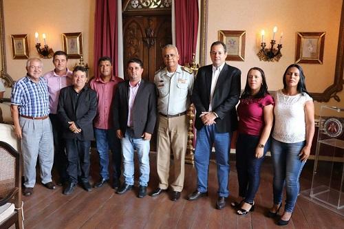 Prefeito de Barra da Estiva e outras lideranças se reúnem com Comandante Geral da Polícia Militar