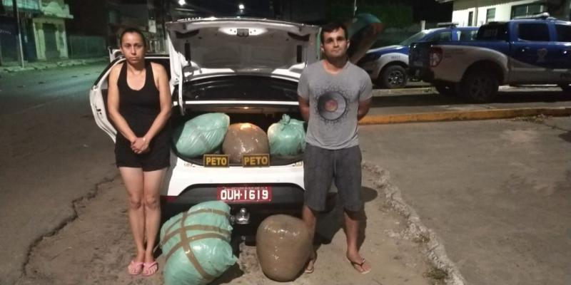 Bahia: Táxi é interceptado com meio milhão de reais em maconha no porta-malas