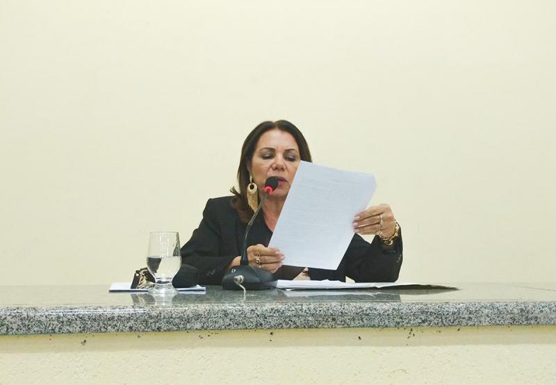 Após está sendo investigada pelo Ministério Público, vereadora ILKA ABREU exonera do gabinete da Câmara a sua empregada doméstica