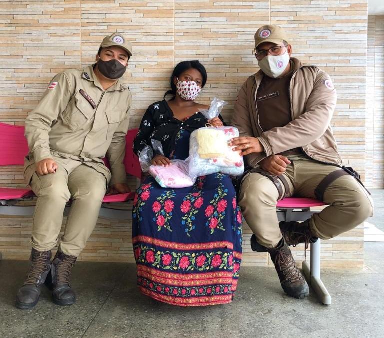 Vitória da Conquista: Ação da PM consegue cama, colchão e enxoval para bebê