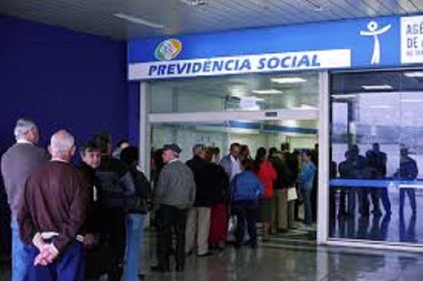 INSS bloqueia 529 mil benefícios por falta de prova de vida
