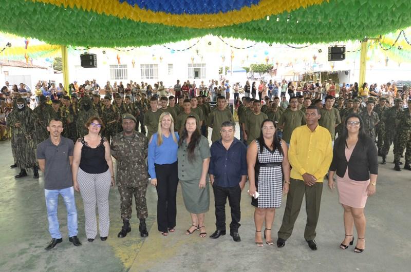 Tiro de Guerra realiza entrega de Certificados de Dispensa Militar em Malhada de Pedras